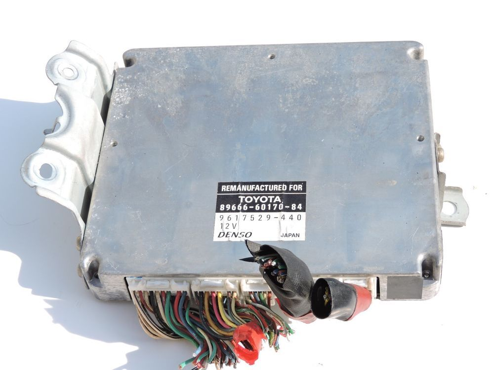 USED OEM Toyota Land Cruiser Lexus LX470 Transmission Relay Control Unit