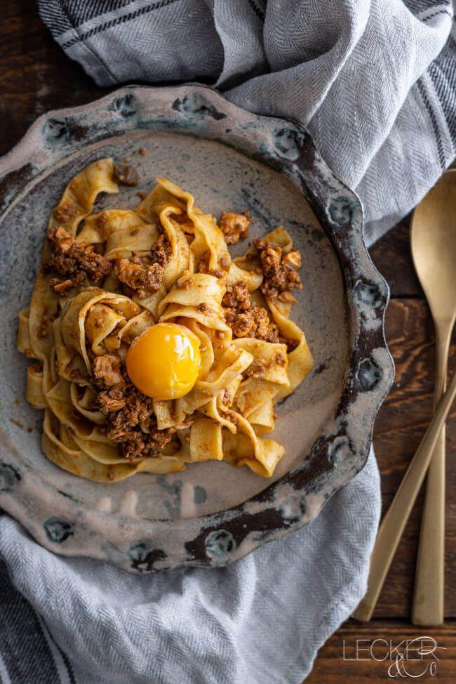 Wiener Schnitzel mit Kartoffelsalat aus Kitchen Impossible | LECKER&Co | Foodblog aus Nürnberg