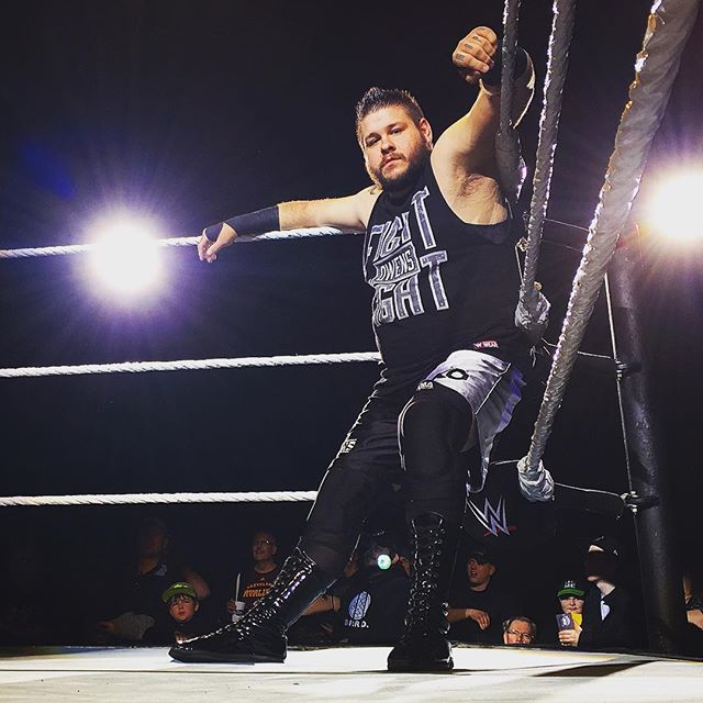 Does #KevinOwens look worried about facing #DeanAmbrose in a #LastManStanding match at the #RoyalRumble to you?