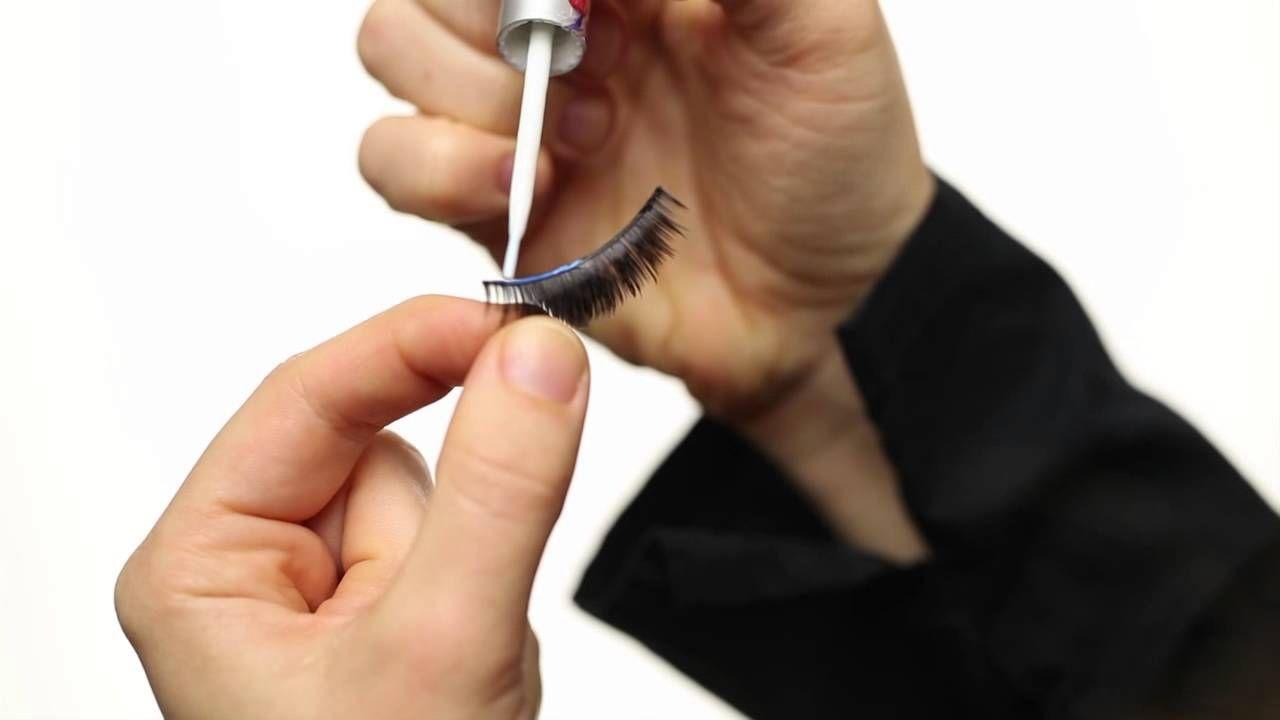 How to Apply Eyelashes , Apply false lashes , Makeup Artist Vera Vanguar...