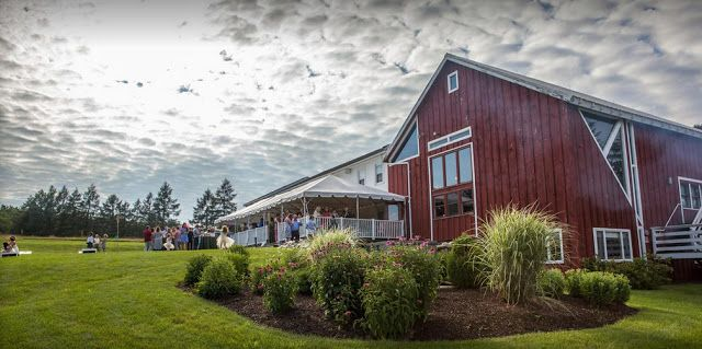 Michigan Barn Wedding Venues | Michigan barn wedding, Red ...