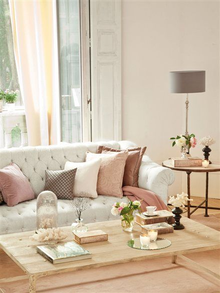 Cuatro estilos para el sal n sof chester sof y blanco for Combinar sofa gris marengo