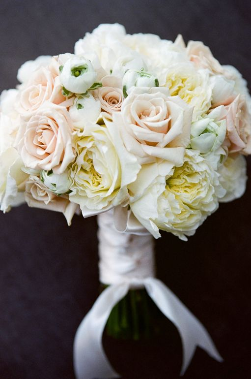 Pin By Barbie Turner On Flower Power White Bridal Bouquet White Wedding Flowers Bridal Bouquet