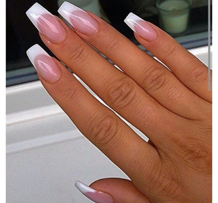 French Coffin Nails Frenchnagel With Images Square Acrylic Nails French Tip Acrylic Nails