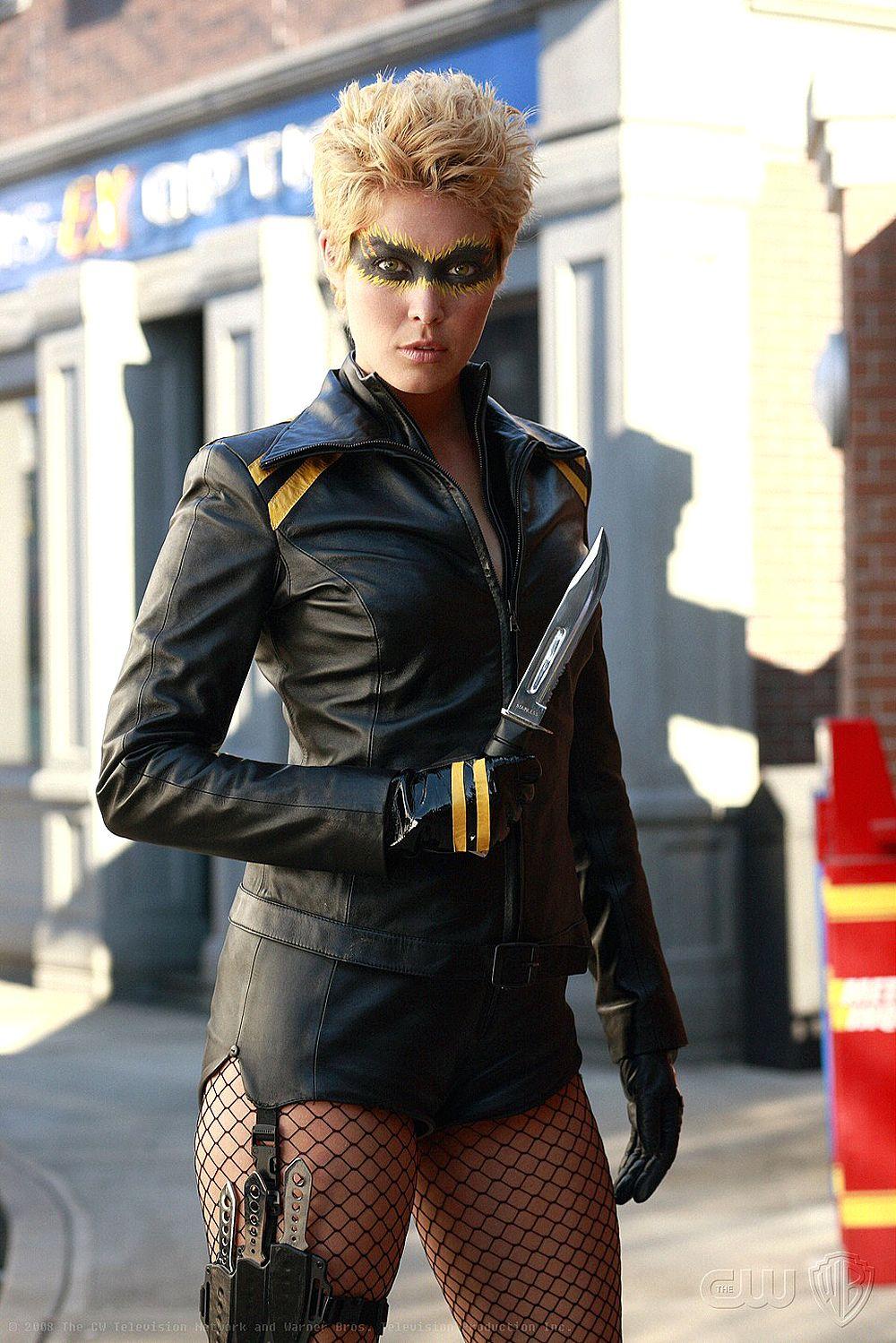 Smallville Canary She Can Scream So Loud Clarks Ears Bleed