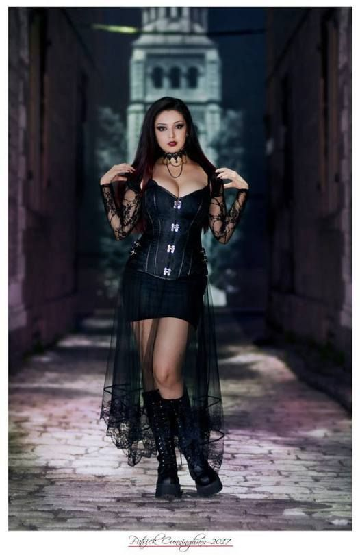 Httpamzn2w2zhl6 goth pinterest gothic goth girls and morning writing question do you ever write fan fiction about yourself or your friends it can be a guilty pleasure solutioingenieria Images