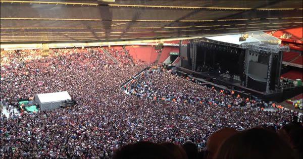 60 mil pessoas cantando uma música do Queen >> http://www.tediado.com.br/02/60-mil-pessoas-cantando-uma-musica-do-queen/