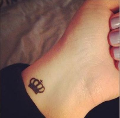 Small Tattoo Ideas For Women With Cool Wrist Tattoos Tiny Wrist Tattoos Crown Tattoos For Women
