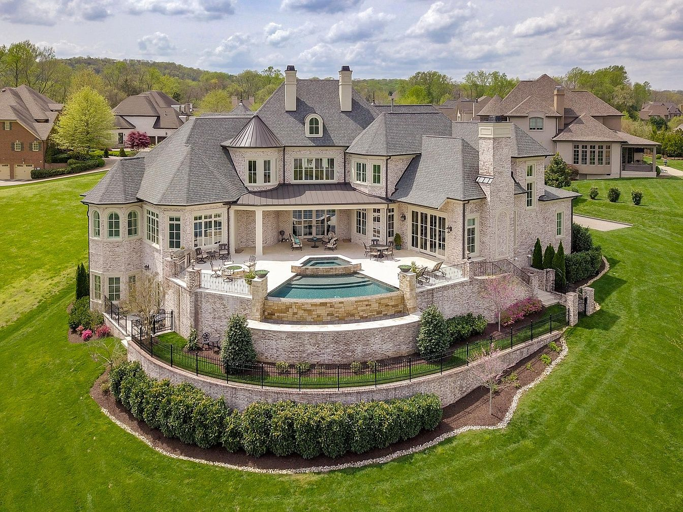 12 Spyglass Hl Brentwood Tn 37027 Mls 2031872 Zillow House And Home Magazine Mansions Mega Mansions