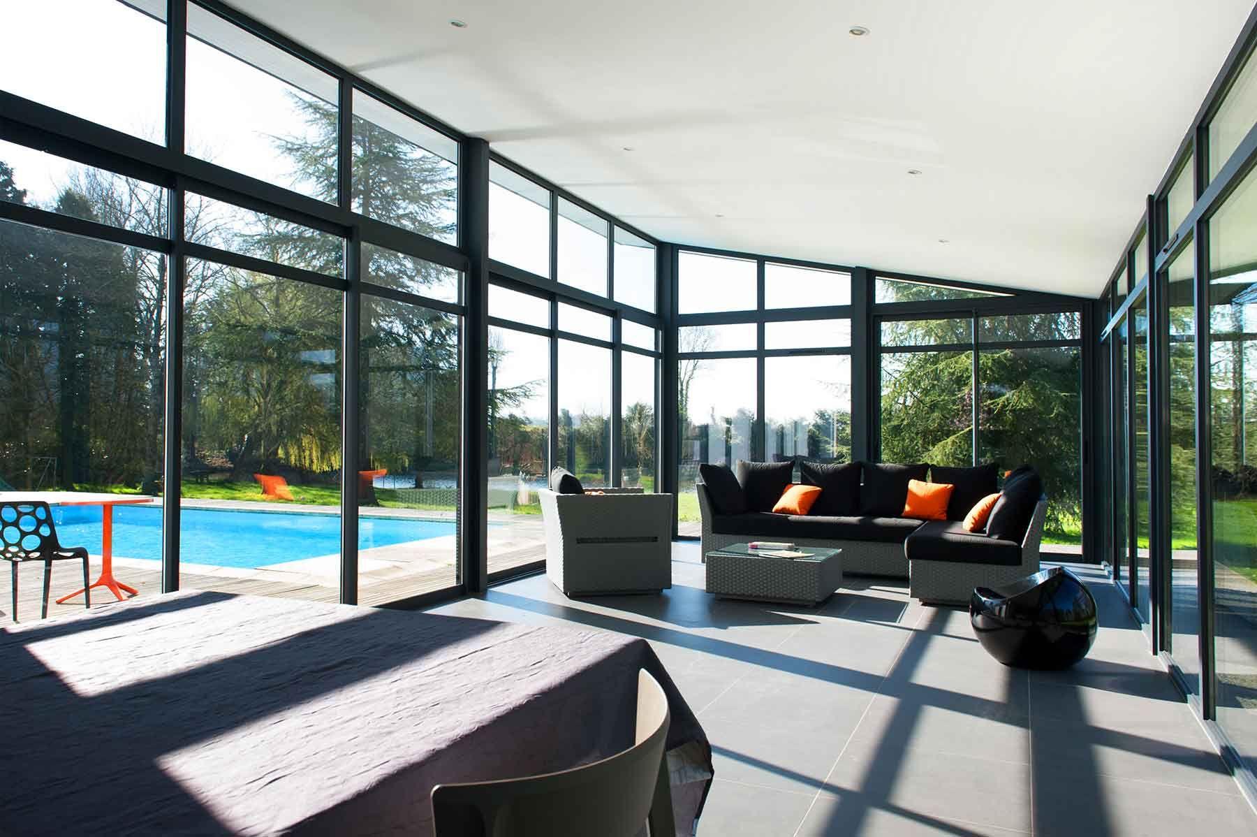Extension maison vitrée en aluminium www.verandaline.com ...