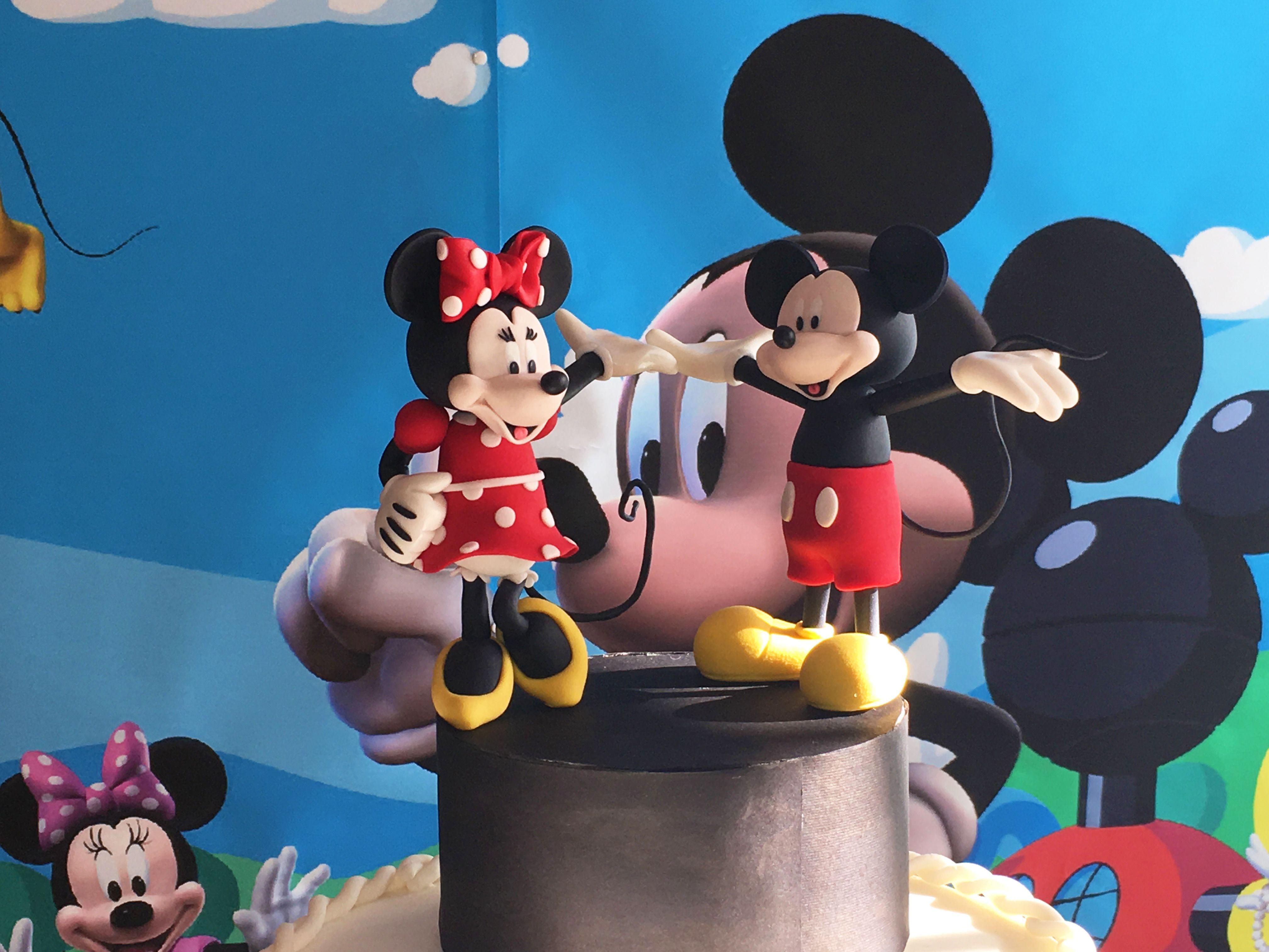 Una torta speciale per un bimbo speciale. Mickey Mouse Clubhouse Party. Tutta la storia su www.bcreativepartyplanners.com