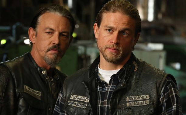 Kurt Sutter Charlie Hunnam Talk Sons Ending On Afterword Sons Of Anarchy Sons Of Anarchy Finale Anarchy