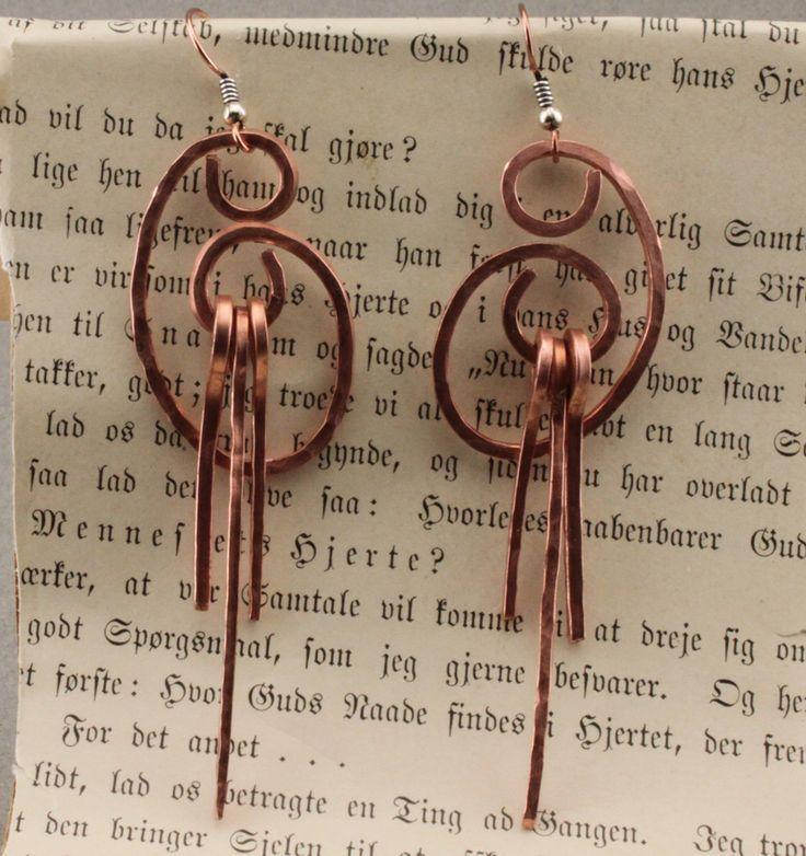 handmade earrings ideas | Handmade Jewelry: Earrings in minutes..Copper wire fun #wire #jewelry ...