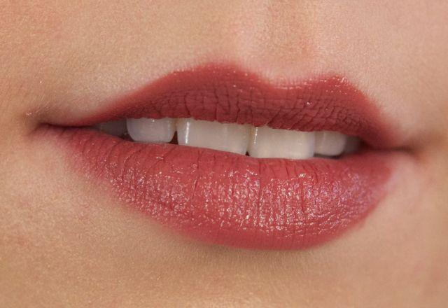 Bobbi Brown Brownie Lip Color - italian rose very hard to ...