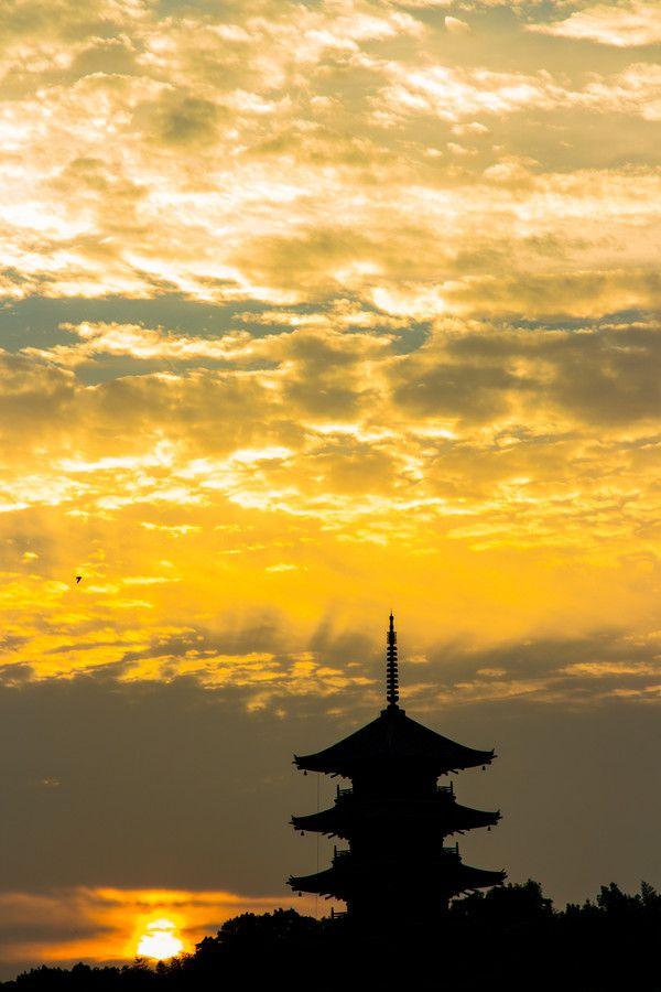 Sunset, Japan by Masaru Mizuko