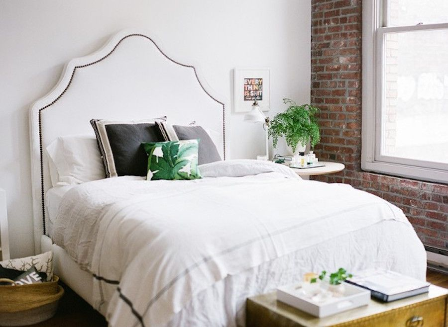 Photography : Katie Parra Photography Read More on SMP: http://www.stylemepretty.com/living/2015/11/12/cocokelleys-bright-seattle-loft-tour/