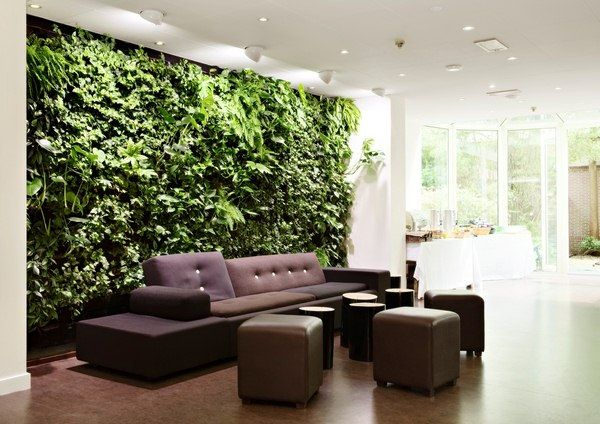 int rieur de la maison avec mur v g tal jardin green wall interior garden indoor garden et. Black Bedroom Furniture Sets. Home Design Ideas