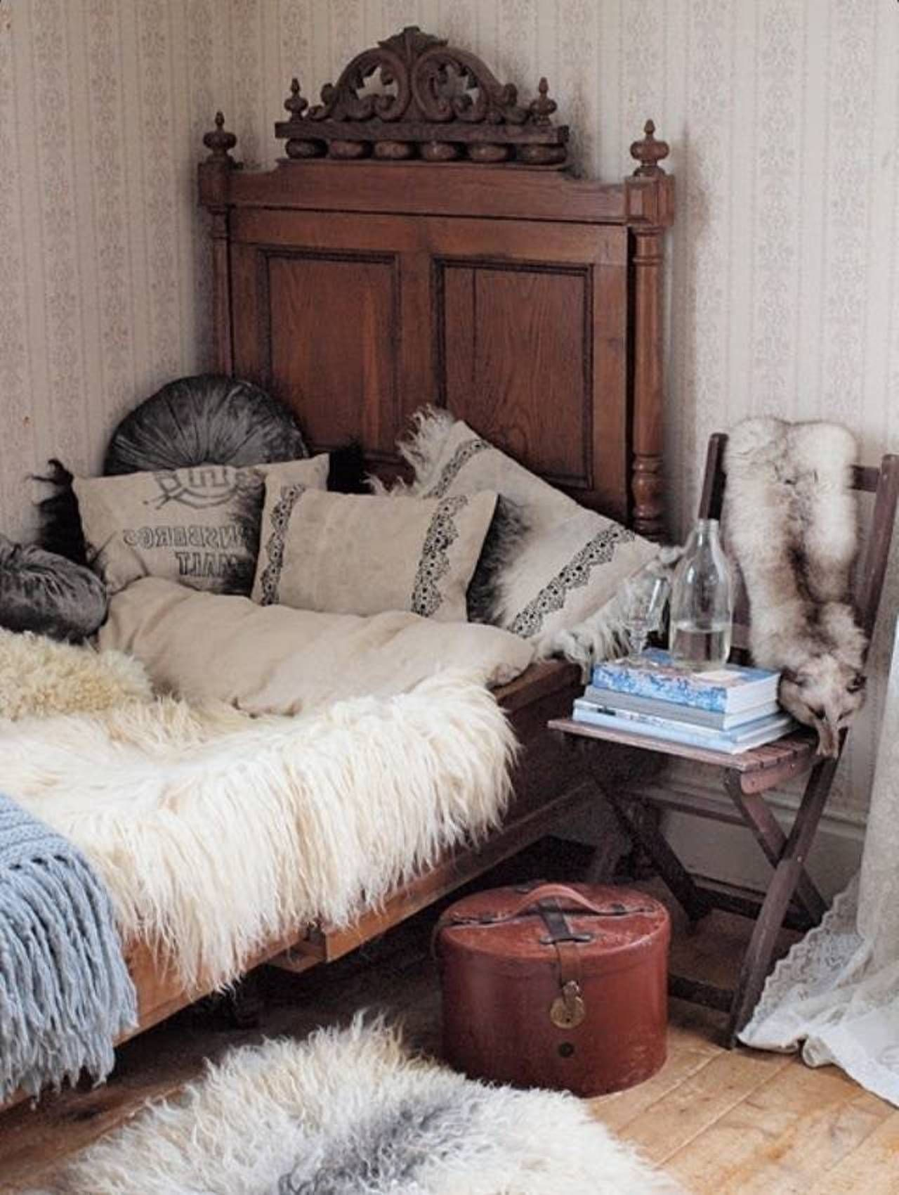 Pin by Bett Dekoration on Style Fusion   Bohemian style bedrooms ...
