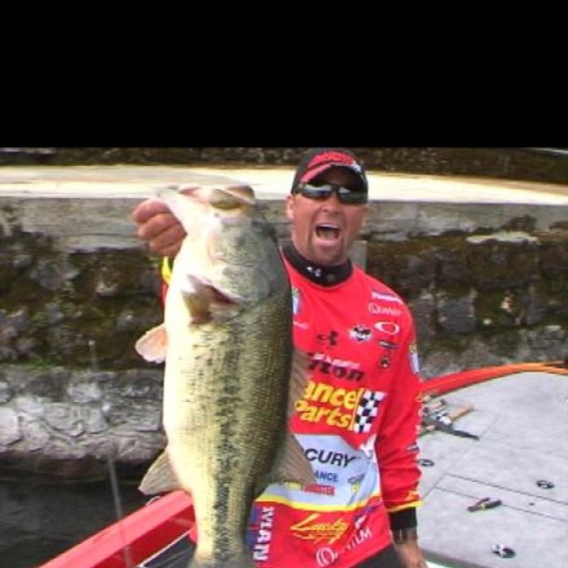 Gerald swindle pro fisherman and unofficial comedian for Professional bass fishing