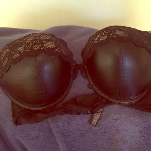 Victoria secret bra Size 38 c Victoria secret Victoria's Secret Intimates & Sleepwear Bras