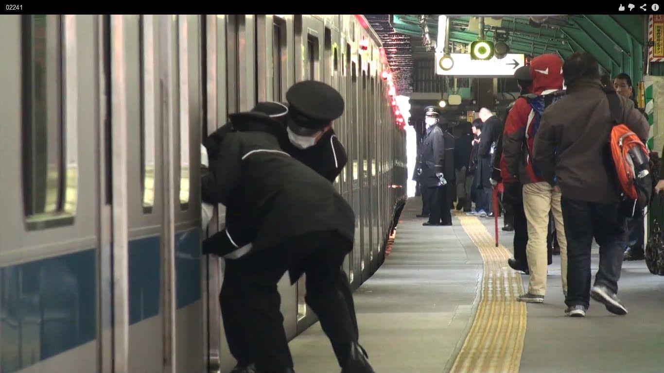 【超過密】最混雑区間の朝ラッシュ 小田急下北沢1 Tokyo Busy Trains Odakyu Line