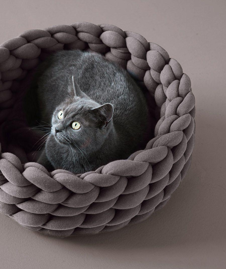 Ohhio braid cat bed diy kit ohhio in 2020 diy cat bed