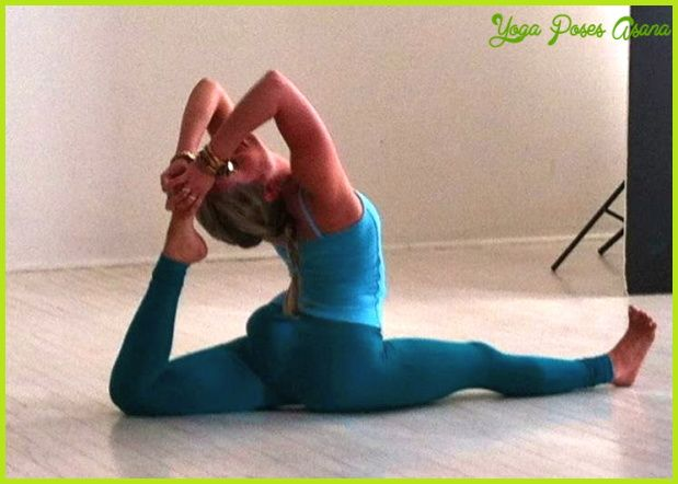 Yoga Poses Yoga Challenge Http Yogaposesasana Com Oga Poses Yoga Challenge Html Yoga Challenge Poses Easy Yoga Poses Yoga Challenge