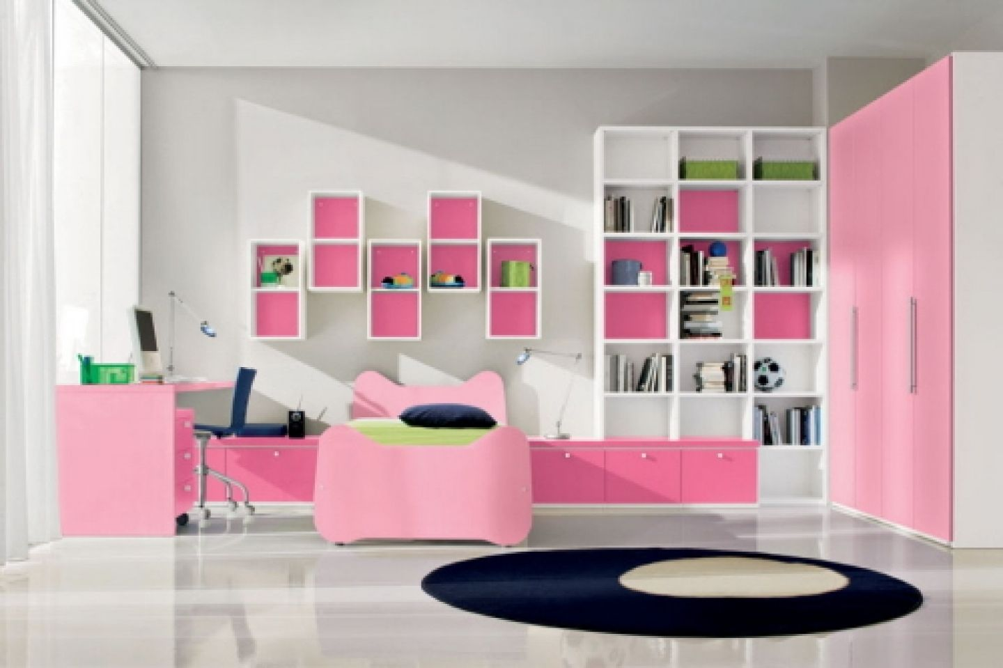 Kids Bedroom 2014 cute kids room girls with decorations and dolls - http://ipriz