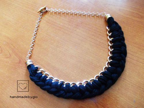 Collana-stoffa-cotone-intrecciata-nera-catena-oro-HandmadebyGio-necklace https://www.facebook.com/handmadebygia