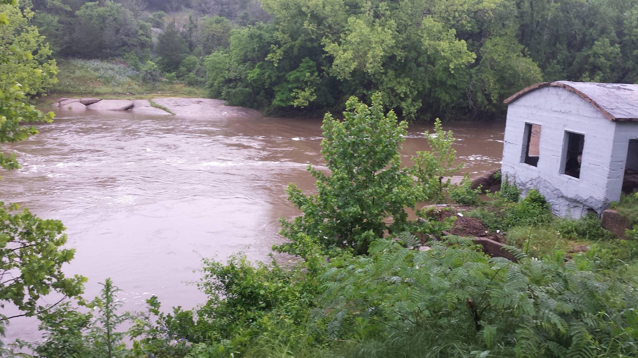 Flooding on Pennington Creek, Tishomingo OK, May 09, 2015
