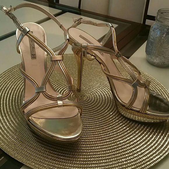 Silver& Gold Strappy GreyMer Designer Heels SEXY  Italian Strappy GreyMer Heels! Greymer Shoes Heels