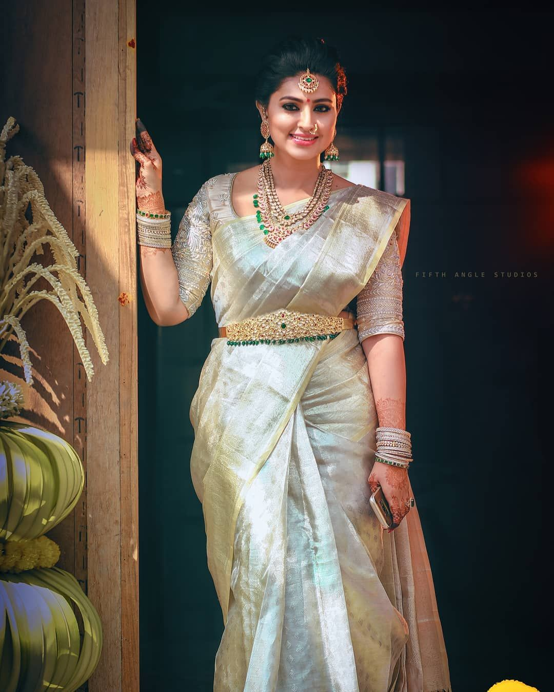 43690013c8 The Most Adorable Way To Wear a White Silk Saree | Classy | South ...
