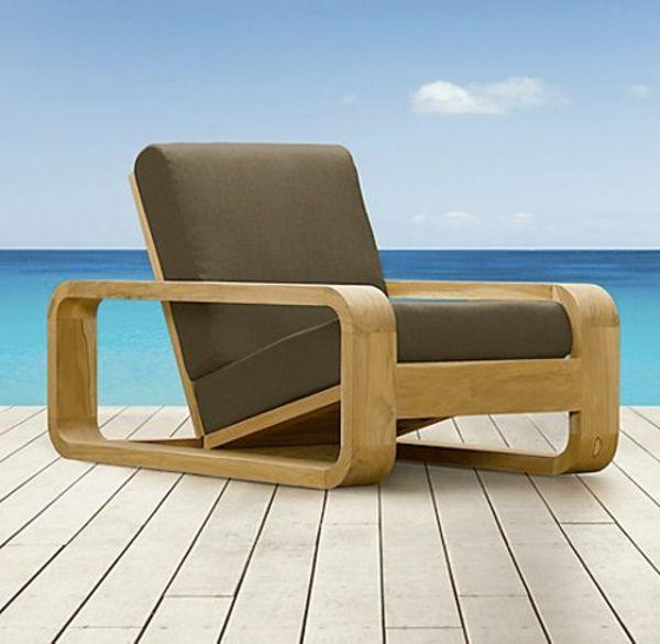 liegestuhl in taupe und beige farbe - draußen gestellt Gartenmöbel