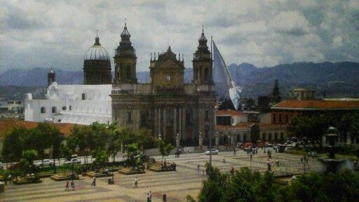 LA CATEDRAL DE LA CIUDAD DE GUATEMALA.
