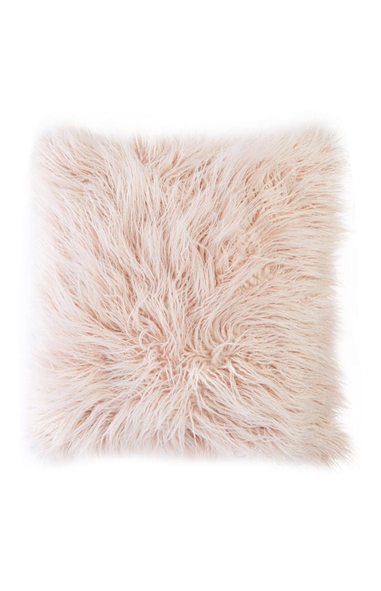 Fluffy Kissen Primark Pink Fluffy Pillow Nahoice In 2019 Bedroom Decor