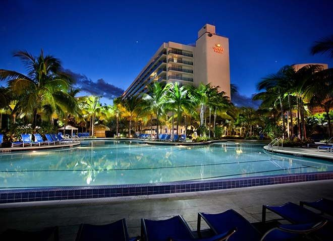 Crowne Plaza Hollywood Beach Hotel In Fl The Bills Itself As A Tropical Sanctuary That Offers Contemporary