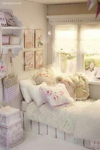 shabby chic bedroom shabbychicbedrooms couture cottage shabby chic intrieurs style shabby chic