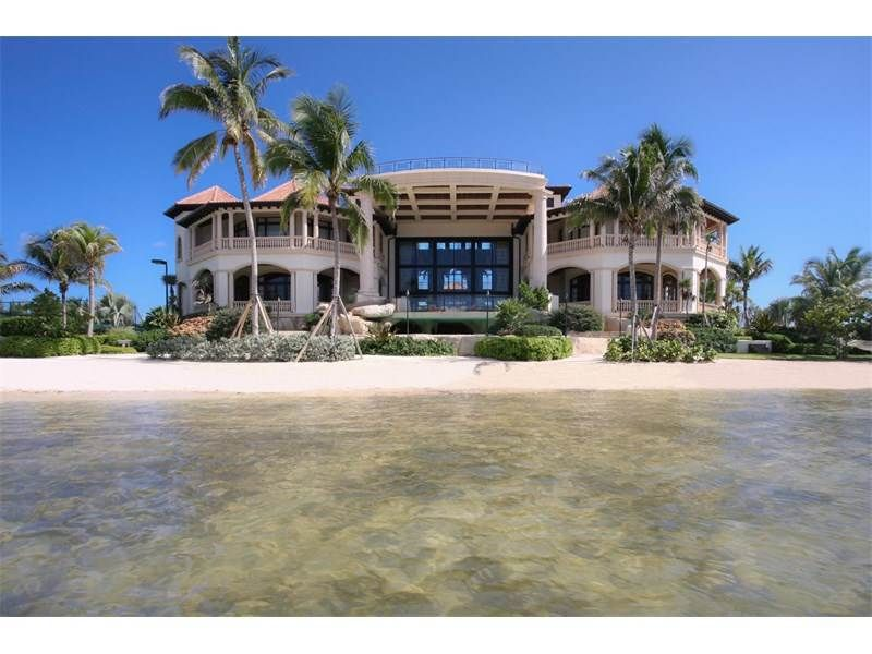 View This Luxury Home Located At Castillo Caribe South Sound Rd George Town Grand Cayman Cayman Islands Expensive Houses Caribbean Luxury Luxury Real Estate