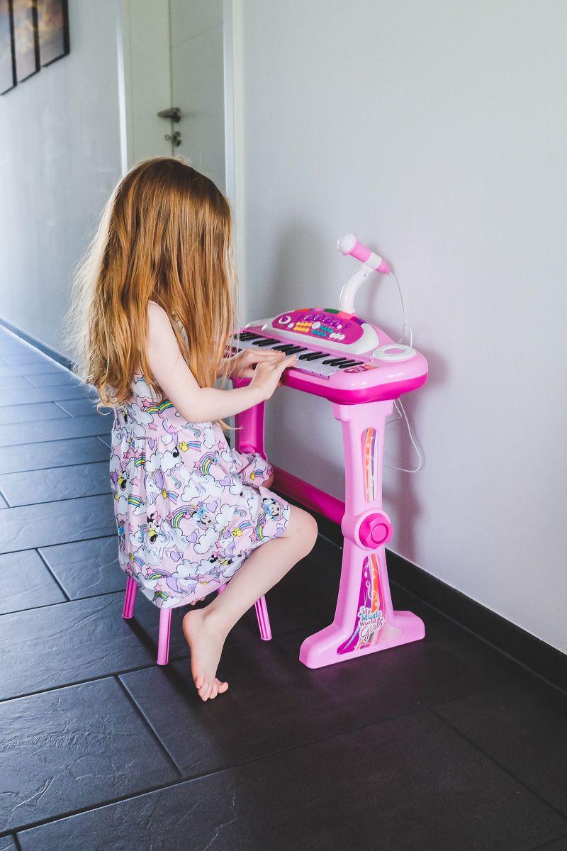 Simba Keyboard My Music World Girls Im Test Lohnt Es Sich Kinder Geschenkideen Kinder Kleinkind