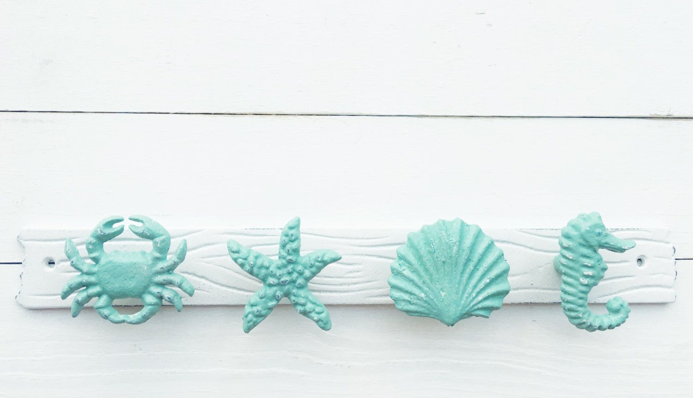 4 Beach Towel Hooks Starfish Seahorse Crab Seashell Bath