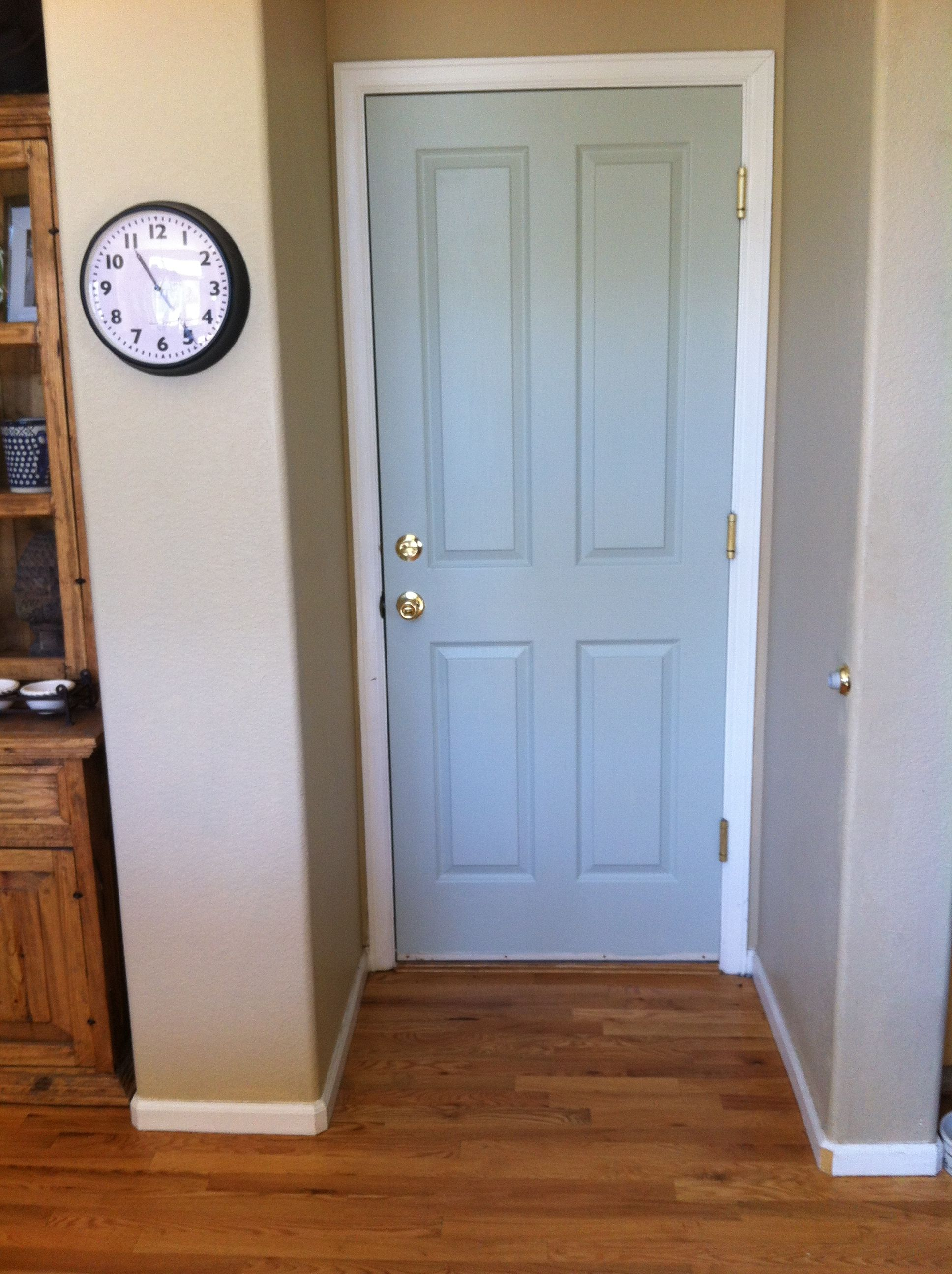 Benjamin Moore Gray Wisp for door to garage. This is closest color ...