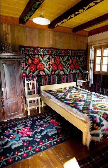 Romanian Textiles. Gypsy Yaya