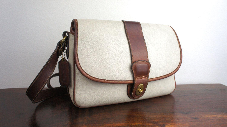 1a51c6987140 Vintage Coach Sheridan Messenger Bag