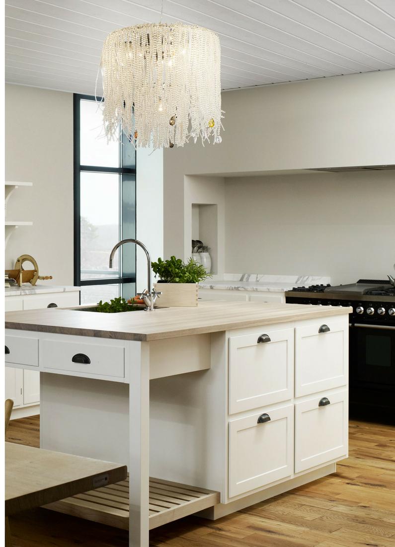 Moderne Landhausküche Mit Kochinsel Rustikale Tradition Trifft · Kochinsel  Vorteile 6 Gründe Für Eine Kücheninsel Bei Der