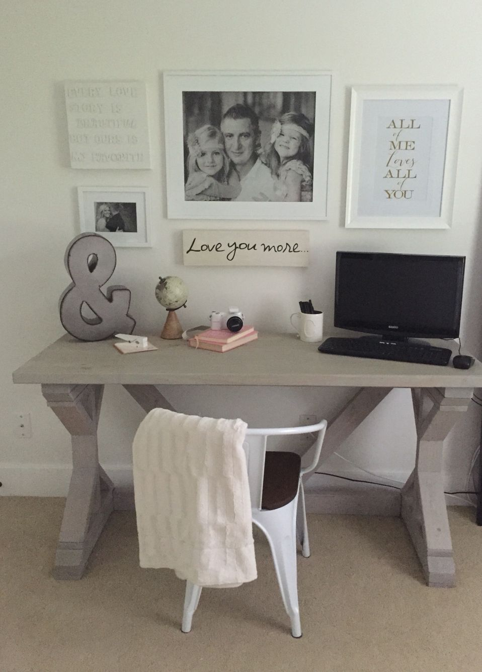 Home Office Space Diy Farmhouse Desk Gray Washed Stain Cozy Home