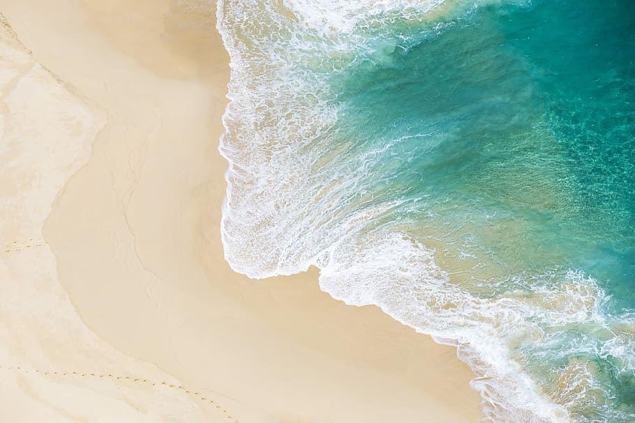 Hd Wallpaper Aerial Shot Of Seawaves Bird S Eye View Of Seashore Drone View Wallpaper Flar Desktop Background Pictures Backgrounds Desktop Beach Wallpaper