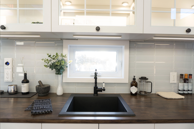 Kitchen #sink #black #darkwood #countertop #oak #tinyhouse | Kitchen ...