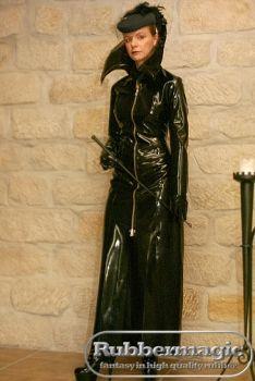 Bodenlanger gothic mantel