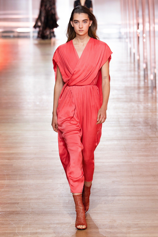 Poiret Spring 2019 Ready To Wear Fashion Show Trending Fashion Outfits Fashion Fashion Clothes Women