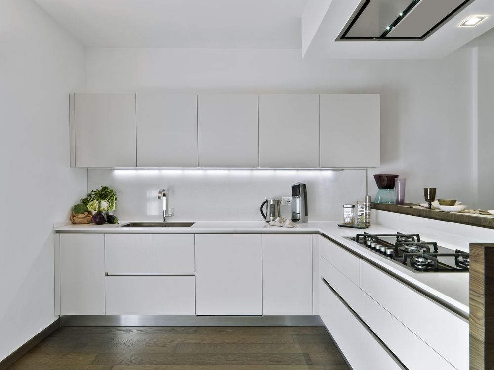 modern white kitchen design. A White Kitchen Will Give This Peculiar Feeling Freshness And Cleanliness To Your Home. Combine With Modern Interior Design You\u0027ll Be Sure Have